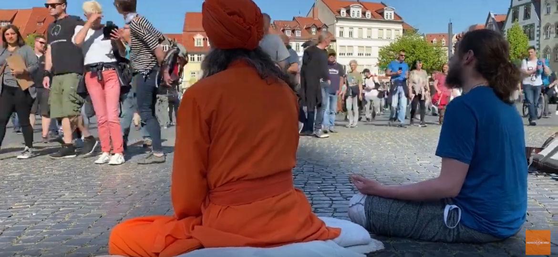Screenshot_2020-05-22 Demo für die Grundrechte in Erfurt – mit Meditation und Mantra-Singen